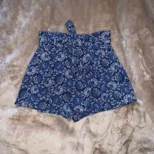 Nordstrom blue and white play shorts